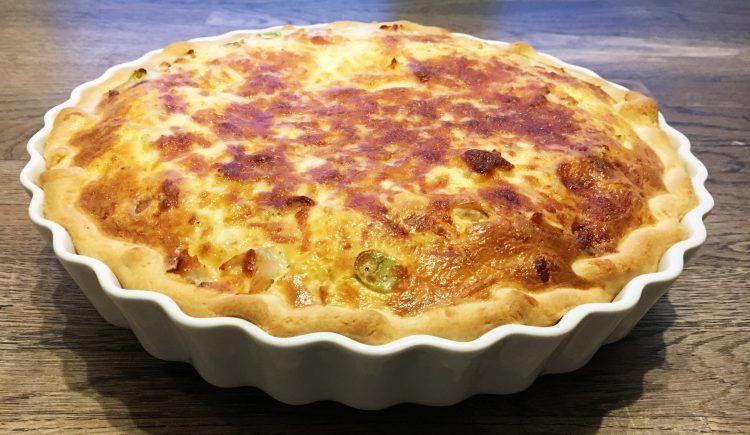 Tærte med kylling og bacon → opskrift på den bedste Kyllingetærte